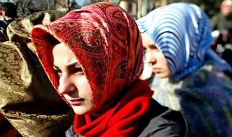Penganiaya dan Penghina 2 Muslimah Dituntut 12 Tahun Penjara
