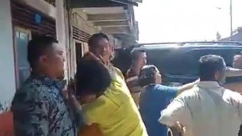 Mantan Bupati di Sumut yang Juga Eks Anggota DPR Dilempari Kotoran Babi
