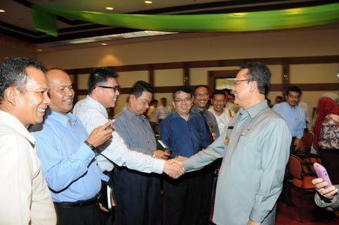 Gubri Rusli Zainal Hadiri Sarasehan Perbankan di Bank Indonesia Pekanbaru