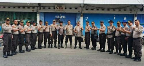 Bantu Padamkan Karhutla, 98 Personil Gabungan dari Polda Riau Turun ke Kepulauan Meranti