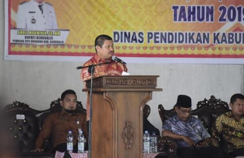 Bupati Bengkalis Buka Sosialisasi PPDB dan SIPlah Tingkat SD dan SMP