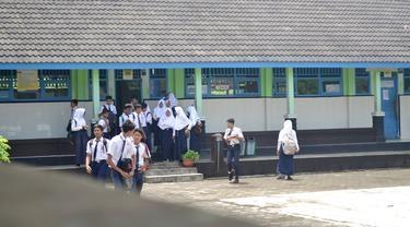 Gara-gara Zonasi, Siswa Tak Bisa Masuk SMP Negeri di Sebelah Rumahnya