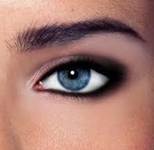 Beginilah Cara Merias Mata yang Benar Agar Terlihat Cantik