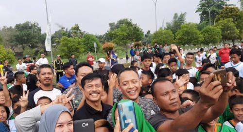 Indra Sjafri Beri Coaching Clinic kepada 200 Siswa SSB di Riau