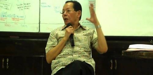 Aktivis Kesatuan Aksi Mahasiswa Indonesia Rahman Tolleng Tutup Usia