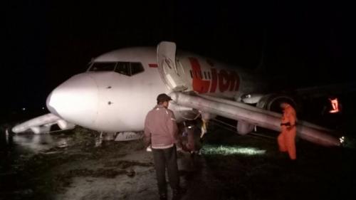 Lion Air Tergelincir Saat Mendarat di Gorontalo