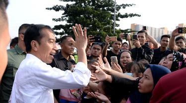 Penyaluran Bansos kepada Warga Terdampak Corona Tersendat karena Tunggu Tas Bertuliskan Bantuan Presiden