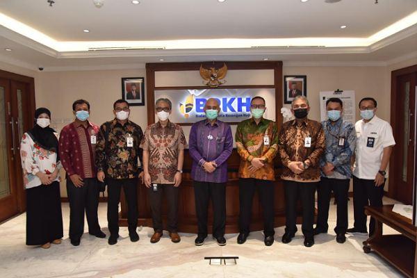 BPKH Secara Resmi Sampaikan Dukungan Terhadap Konversi Bank Riau Kepri