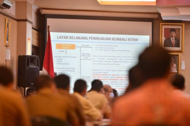 Pemprov Riau Lakukan Peninjauan Ulang RTRW 2018-2038