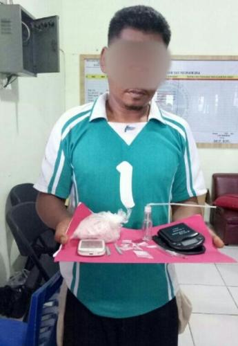 Nyambi Jual Sabu, Dj Organ Tunggal Kawakan di Inhu Dibekuk Sat Narkoba di Depan Balai Desa
