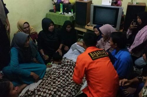 Jenazah Kenzi Anak SD yang Tenggelam di Sungai Siak Ditemukan Sejauh 50 Meter