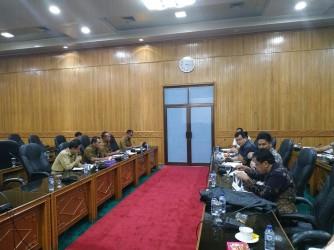 Rapat Dengar Pendapat Komisi II DPRD Bengkalis dengan Dinas Perkimtan Memanas, Kadis Sempat Ditanya Soal Jual Beli Proyek