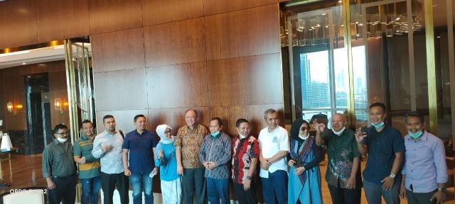 Bahas Sagu dengan Bupati Irwan, Eksportir Tertarik Sapuring Meranti