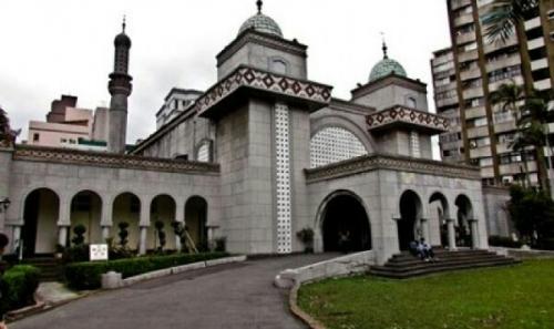 Tiga Masjid di AS Terima Surat Ancaman, Sebut Donald Trump Akan Musnahkan Umat Islam Seperti Dilakukan Hitler Terhadap Kaum Yahudi