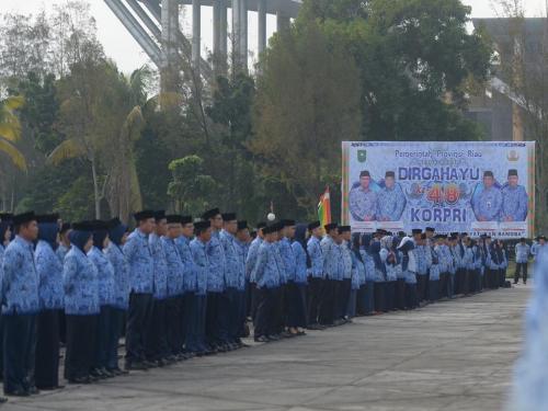 Usai Membacakan Sambutan Presiden, Wagubri Edy Nasution Sindir ASN Pemprov Riau yang tak Disiplin