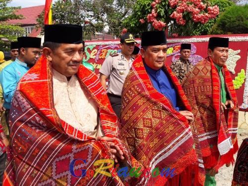 Cuti Kerja, Wagubri Edy Nasution Hadiri Acara Rakyat di Pasir Pangaraian Rohul