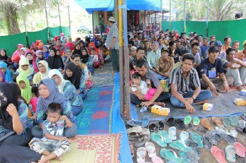Masyarakat Minta Ketua DPRD Inhil Perjuangkan Penambahan Guru PNS di Desa Harapan Jaya