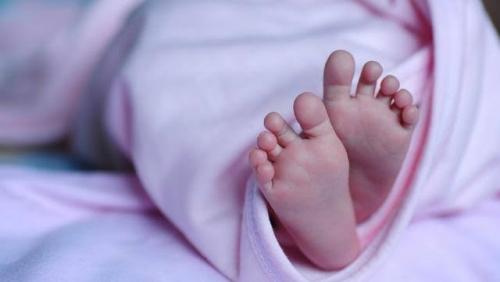 Prediksinya Keliru, Dokter Kandungan Potong Kelamin Bayi Laki-laki yang Baru Dilahirkan