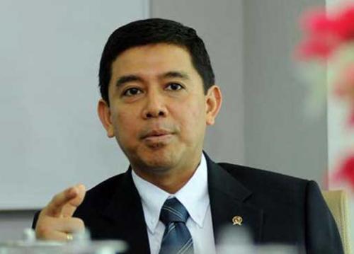 Menteri Yuddy: 1.500 Lebih PNS Malas Telah Diberhentikan, Banyak Lagi akan Menyusul