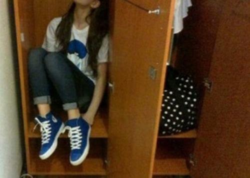 Kepergok Mesum di Hotel Melati, Mahasiswi Sembunyi dalam Lemari