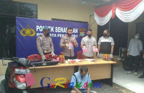 10 Kali Bobol Rumah Warga di Pekanbaru, Akhirnya Pria Ini Dibekuk Polisi Setelah Dua Jam Pengejaran