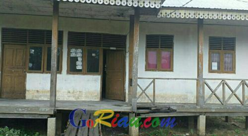 Bangunan Mes Guru SMPN 1 Pelalawan Rusak Berat, 5 Tahun Tak Dihuni