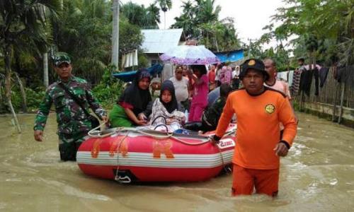 Banjir Hingga Ketinggian 80 Sentimeter, 4.052 Jiwa Mengungsi di Rokan Hilir