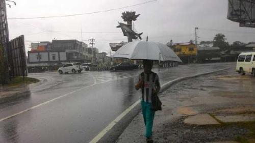 BMKG: Tiga Hari Kedepan Sebagian Wilayah Riau Diguyur Hujan, Warga Diminta Waspada