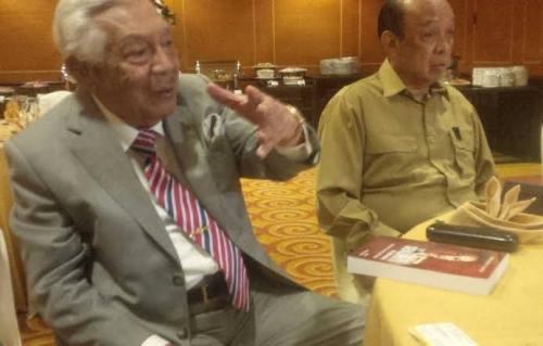 Mantan Kapolri dan Menaker Asal Sumatera Barat Awaloedin Djamin Wafat