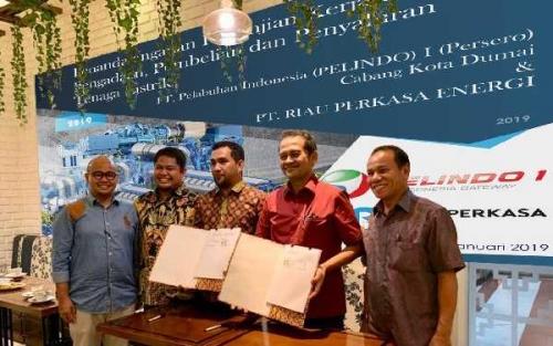 PT Riau Perkasa Energi dan Pelindo I Cabang Dumai Tandatangani Perjanjian Pengadaan dan Penyaluran Tenaga Listrik
