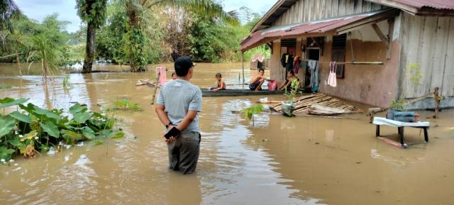 Bencana Banjir Pekanbaru, 8 Titik Terdata dan Ketinggian Air Hingga 1,5 Meter
