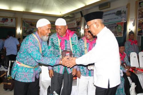Gubri Lepas JCH Kloter 1 Riau