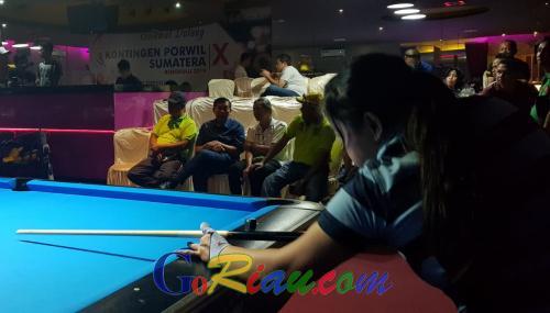 Firdaus MT Kunjungi Atlet Pekanbaru di Porwil X Bengkulu