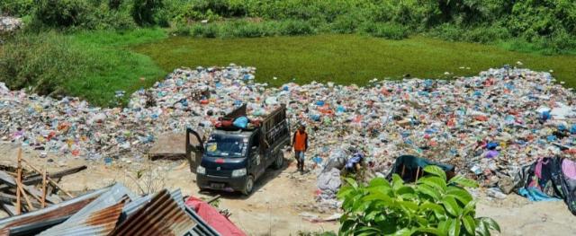 GoRiau Tumpukan sampah di Kelurahan A