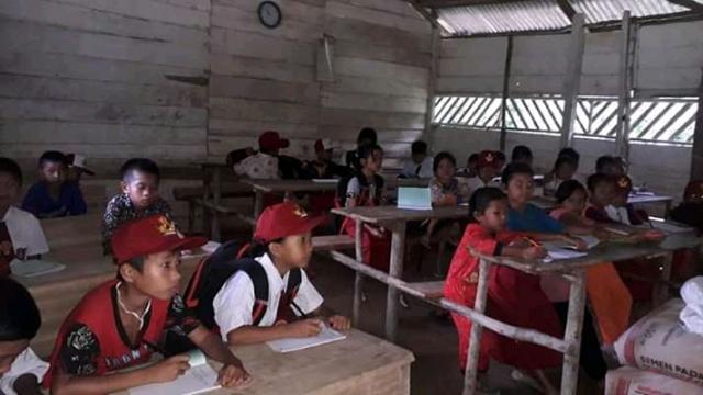 GoRiau Para pelajar di SD Marginal Sa