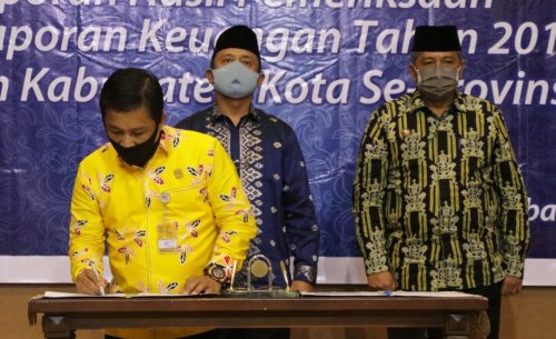 GoRiau Penandatanganan berita acara.