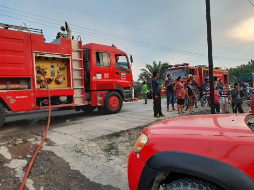 GoRiau Tiga unit mobil Damkar diturun